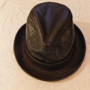 Goorin Bros. Leather Hat - Size Small